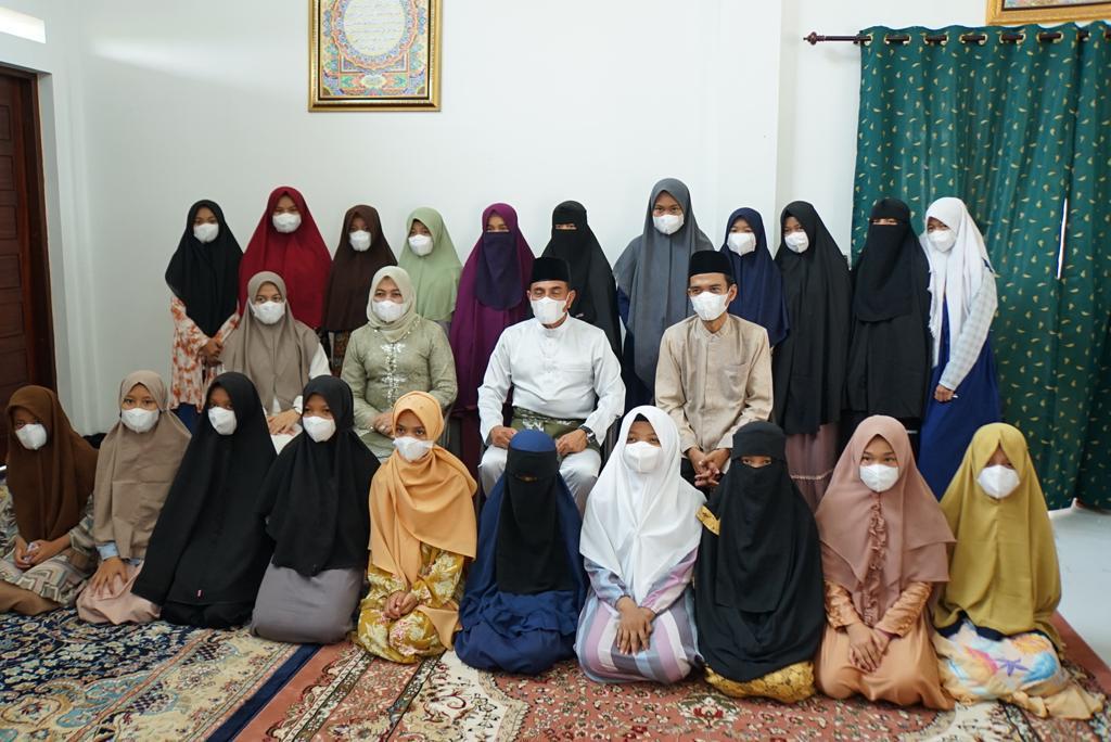 Gubernur Sumut Bersembang ke Rumah Quran Milik UAS