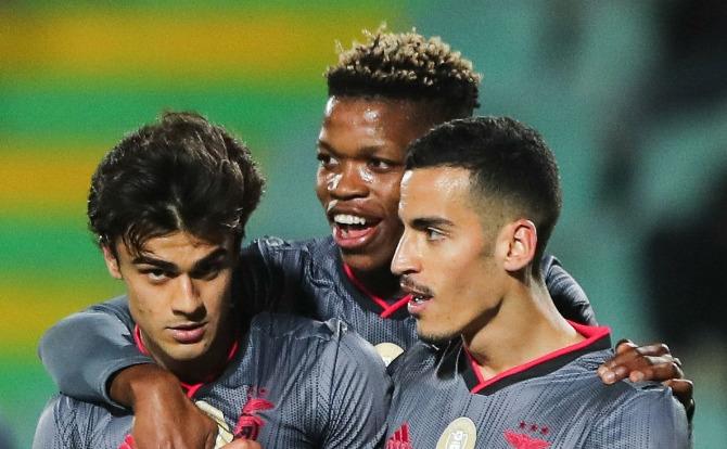 Grande golo de Jota no Setúbal - Benfica