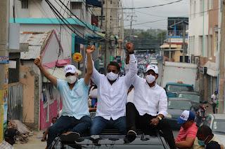 PRM recibe apoyo masivo en cierre de campaña en San Cristóbal