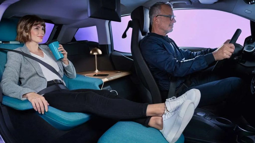 3D Screens, Lie-Flat Seats, And Other High-Tech Features May Be On Your Next Car