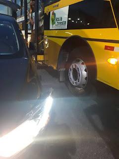 Ônibus dos estudantes de Nova Floresta se envolve em acidente em Campina Grande