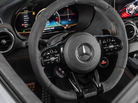 AMG-GT-Black-Series-steering-wheel