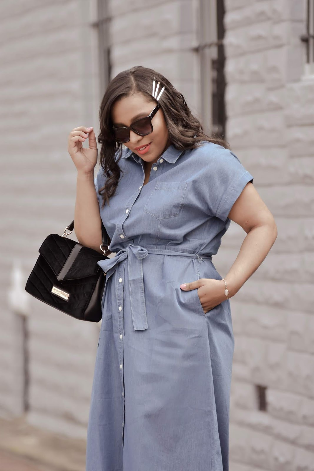 Walmart fashion, We dress America, streetstyle, mom bloggers, spring fashion, denim dress, walmart clothes.