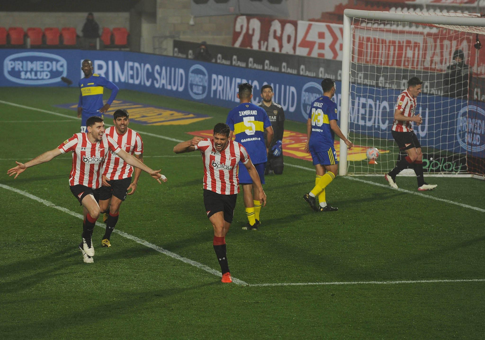 Estudiantes le ganó en La Plata a un Boca que no levanta cabeza