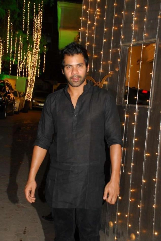 shabbir ahluwalia biography
