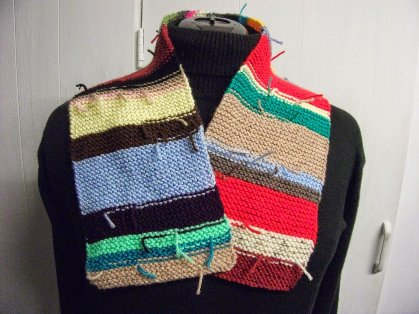 Knitting Garter Stitch Scarf : Paulineknit scarf knitting patterns reversible