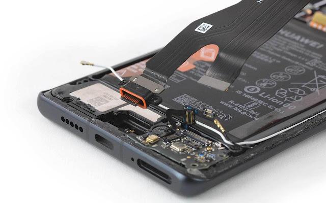 صور تستعرض هاتف Huawei P30 Pro من الداخل