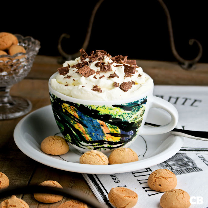 Een lekker kopje cappuccino-ijs