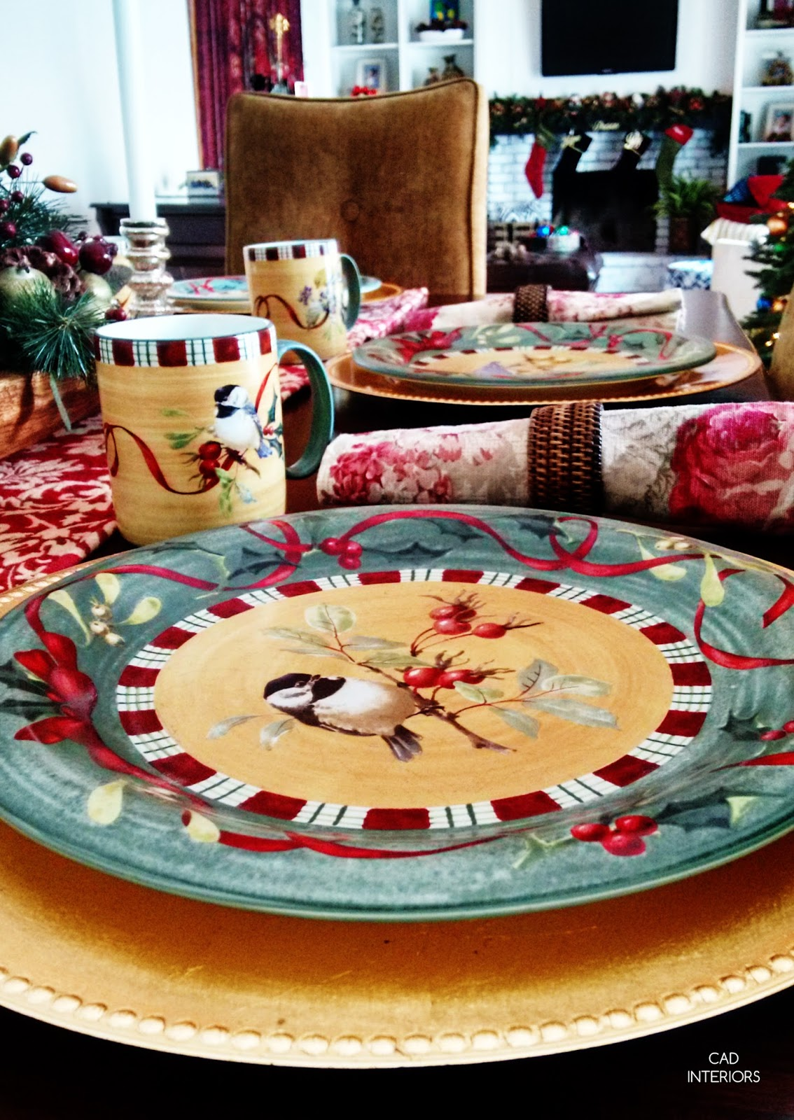 Christmas holiday decorating table setting traditional classic Lenox dishes red green plaid country vintage