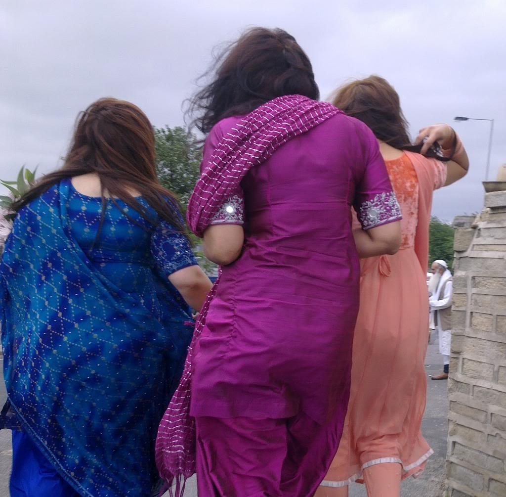Hot Indian Desi Girls Walking On Road Captured By A Hidden -9294