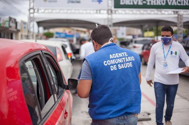 Agentes de Saúde estão cadastrando a população em Santa Cruz do Capibaribe