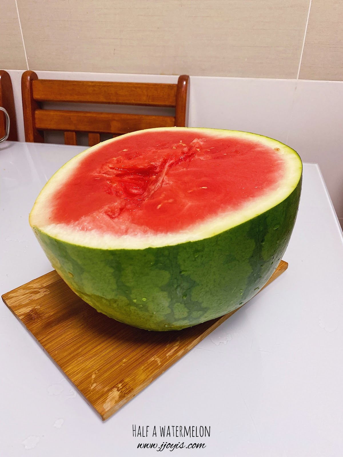 half watermelon, homemade, watermelon soju, unflavoured soju, watermelon vodka, easy recipe, subak soju, subak-soju, watermelon bowl
