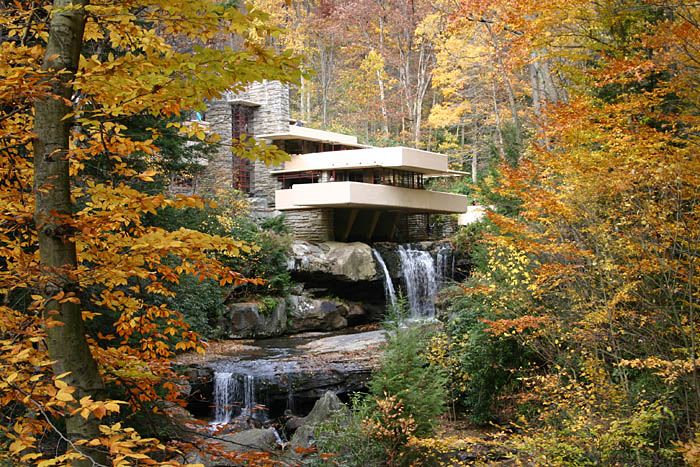 Frank Lloyd Wright Falling Water Wallpaper The Times New Roman Luxe Living Fallingwater