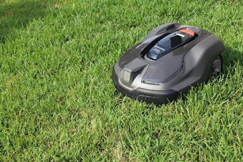 Take the Stress Out of Lawn Care with the Husqvarna Automower®