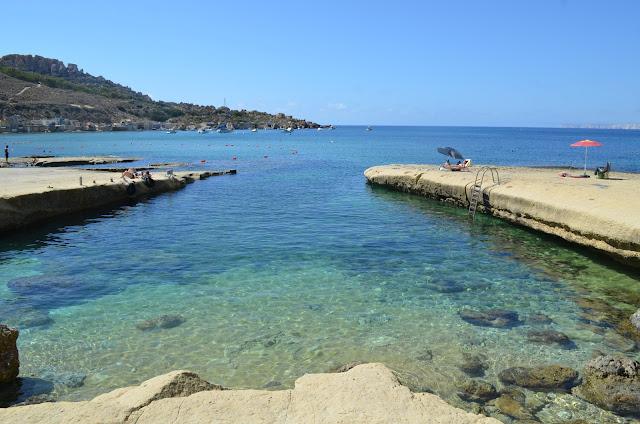 Piscina natural da Gnejna Bay Beach