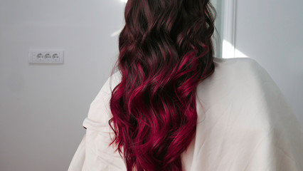 How to Pick the Best Hair Color for Your Skin?