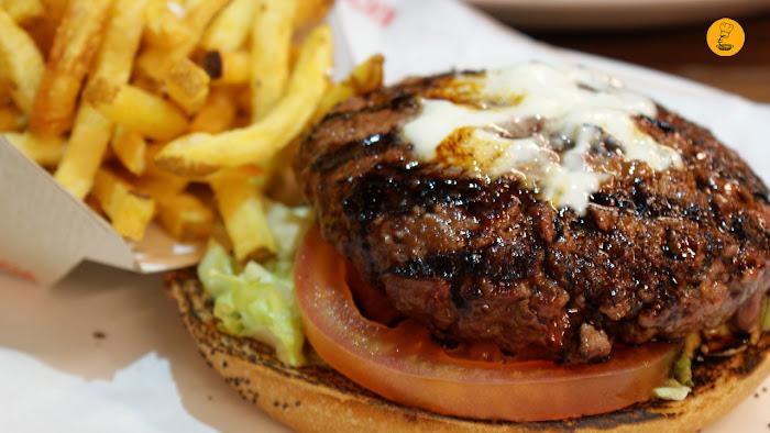 Hamburguesa japonesa Bacoa Sol Madrid hamburguesería