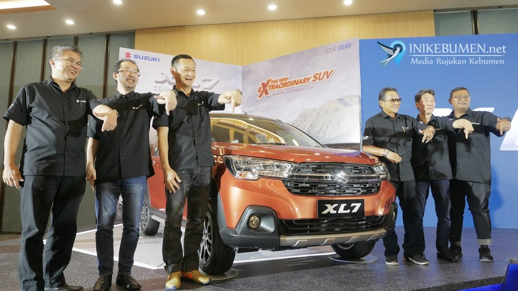 Hadir 50 Tahun di Indonesia, Suzuki Luncurkan XL7