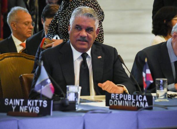 Miguel Vargas viaja a Chile para participar en Foro SICA