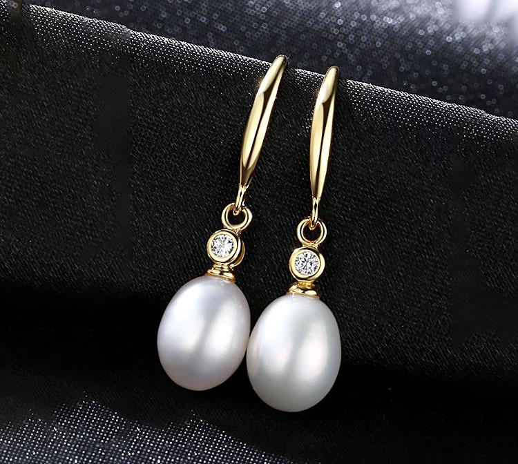 簡約優雅淡水真珍珠925純銀彎鉤耳環