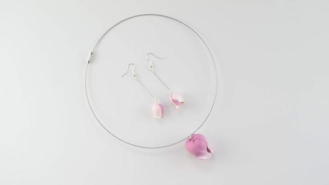 conjunto capullo de rosa en arcilla polimérica