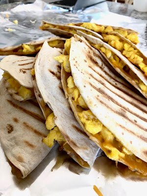 http://www.bestselfproductions.com/2018/05/super-easy-breakfast-quesadillas.html