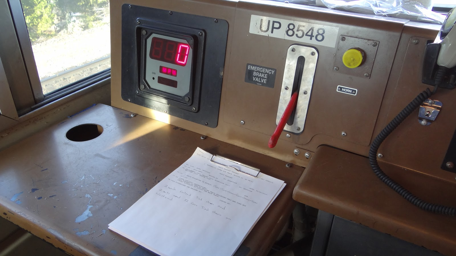 Xstg 10: Milepost 154: A Train Blog: Inside A UP SD70ACe