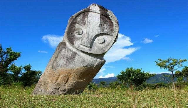 Patung misterius di Sulawesi Tengah