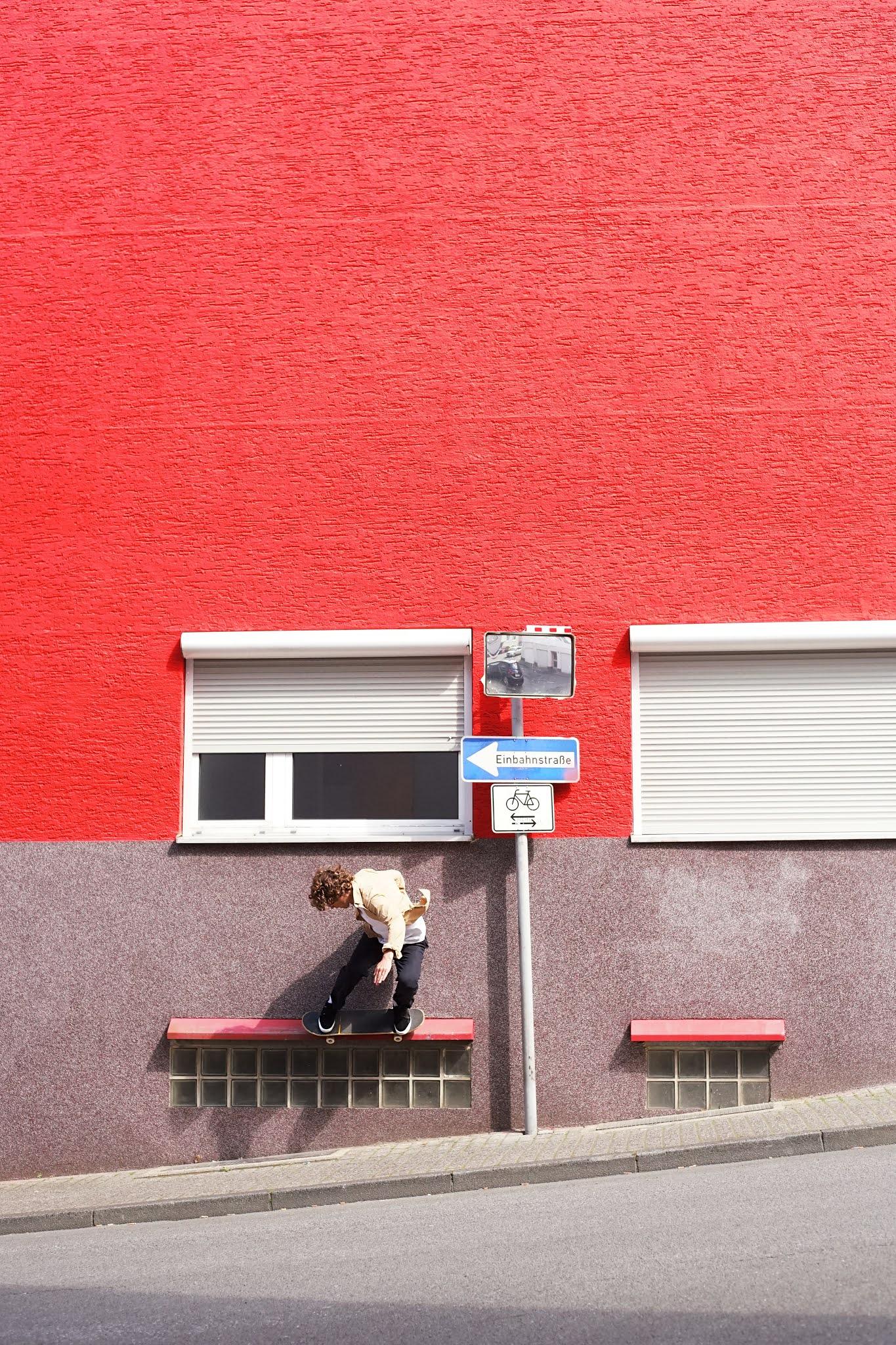 Foto von Dennis Harwardt | Ilja Judizki skatet in seiner Heimatstadt Wuppertal
