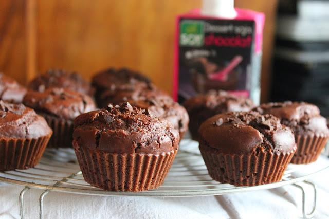 https://cuillereetsaladier.blogspot.com/2015/03/muffins-la-creme-dessert-au-chocolat.html