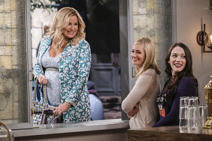 2 Broke Girls - Episode 6.06 - And the Rom-Commie - Promotional Photos & Press Release