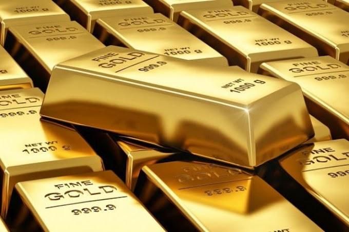 PRECIOUS-Gold cae mientras los inversores esperan el discurso de Powell
