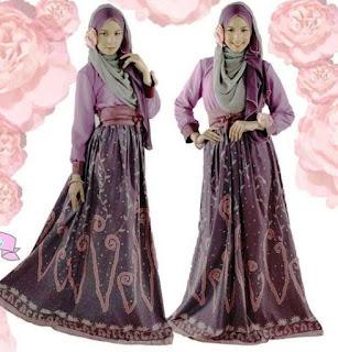 Gamis-Batik-Kombinasi-Brokat-Modern
