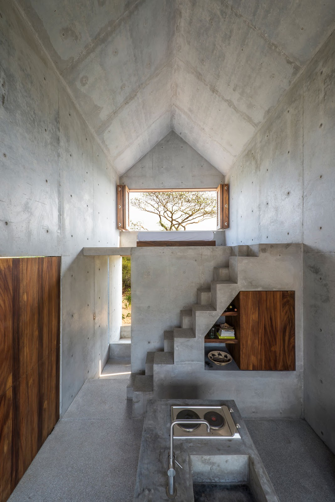 Casa Tiny is a concrete tiny house in Mexico to rent nightly