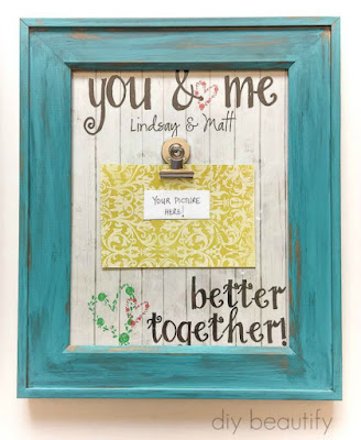 Learn how easy it is to make this fabulous Photo Clip Frame at diy beautify!