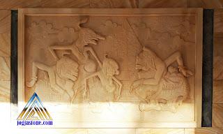 Kerajinan batu alam jogja, Ukiran relief bentuk gambar wayang punokawan.