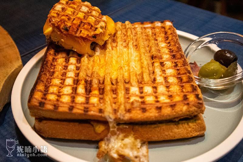 【永康街商圈美食】Toasteria Cafe 吐司利亞。中東傳統料理大啖鷹嘴豆泥