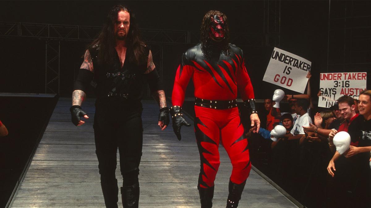 6 vezes que The Undertaker e Kane agiram como irmãos na vida real