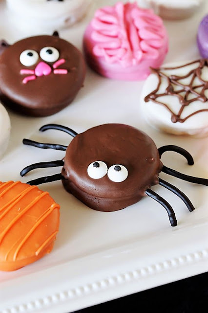 Halloween Peanut Butter Ritz Cookie or Oreo Spider with Licorice Legs Image