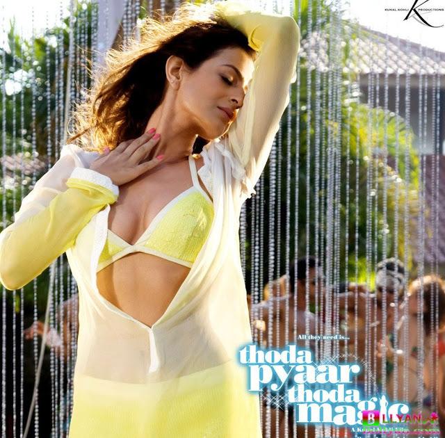 Bollywood Hot Actress In Bikini Bollywood Actress in Bikini Pics 77