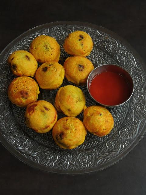 Kidney beans Potato Vada, Rajma Batata Vada