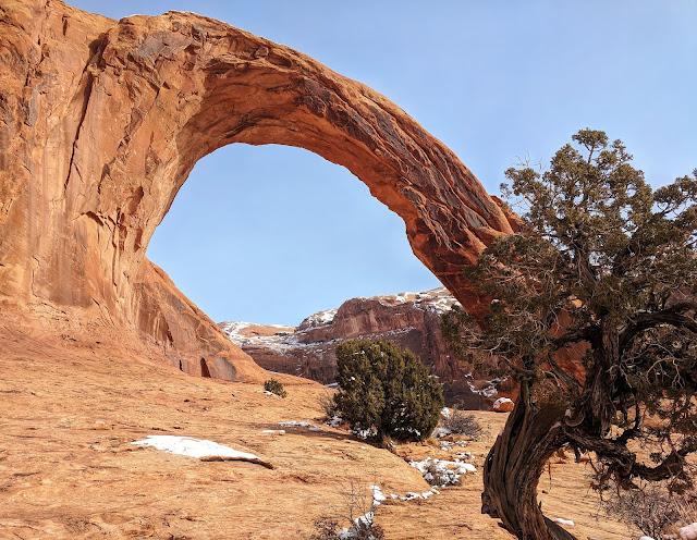 Corona Arch Hike Moab Utah Hike Nature Amazing Shaunasadventures LetsGuide Love