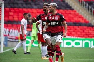 Transmissão de Flamengo e Internacional rende para a TV Globo audiencia três vezes maior que SBT e Record juntas