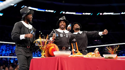 New Day Survivor Series Thanksgiving Raw SmackDown Tag Team Title The Bar AOP