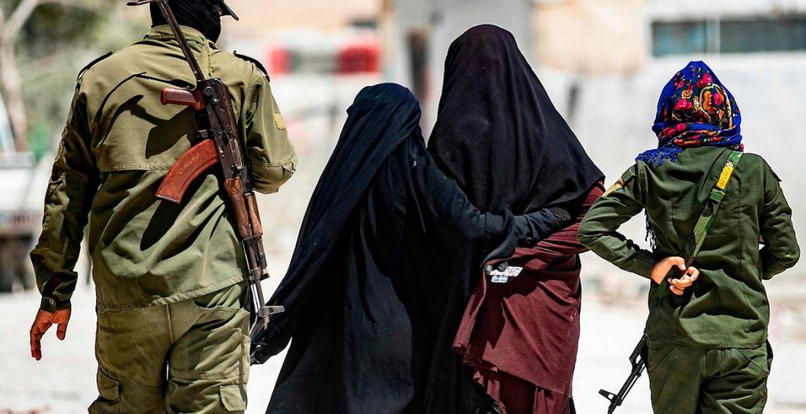 Wanita Pendukung ISIS Kabur dari Kamp Al Hol
