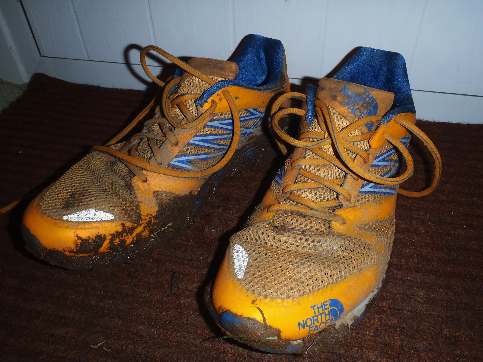 6a932b2a2 MountainZ: The North Face Hyper-Track Guide Running Shoe