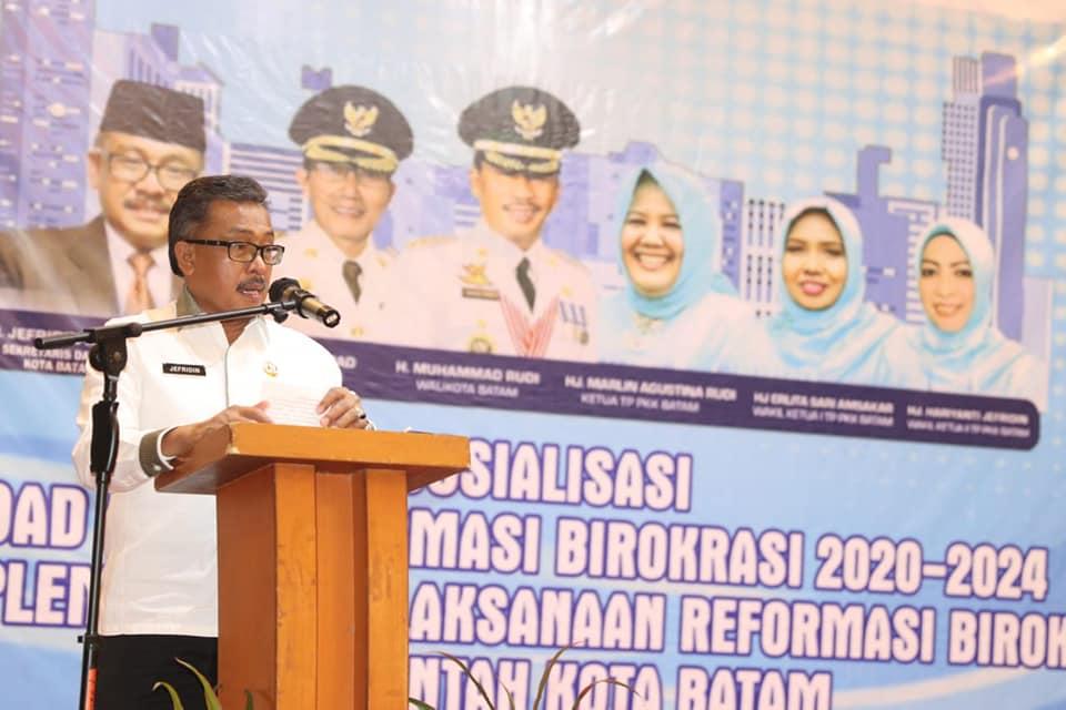 Sosialisasikan  Road Map Reformasi Birokrasi 2020-2024, Jefridin Harapkan ASN Melaksanakan Agenda Reformasi Birokrasi