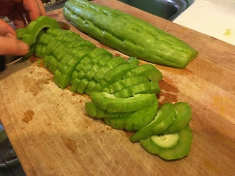 10 Himpunan Menu Makanan Berpantang Yang Mudah Dimasak.