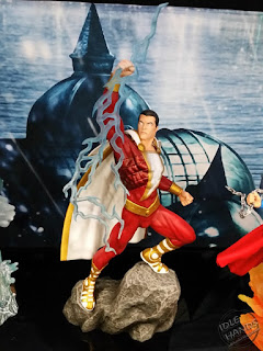 Diamond Select DC Comics Gallery PVC Statues Shazam