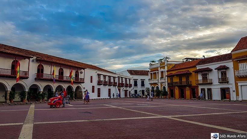 Plaza de la Aduana - Diário de bordo: 4 dias em Cartagena